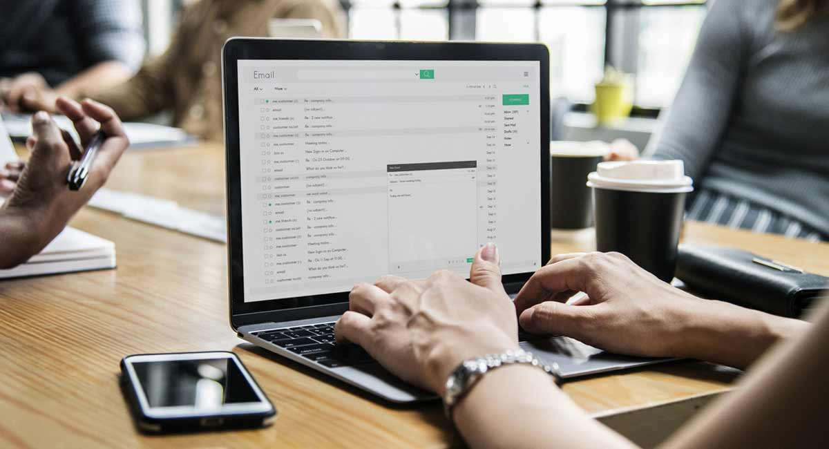 email-pour-envoyer-cv-objet-candidature